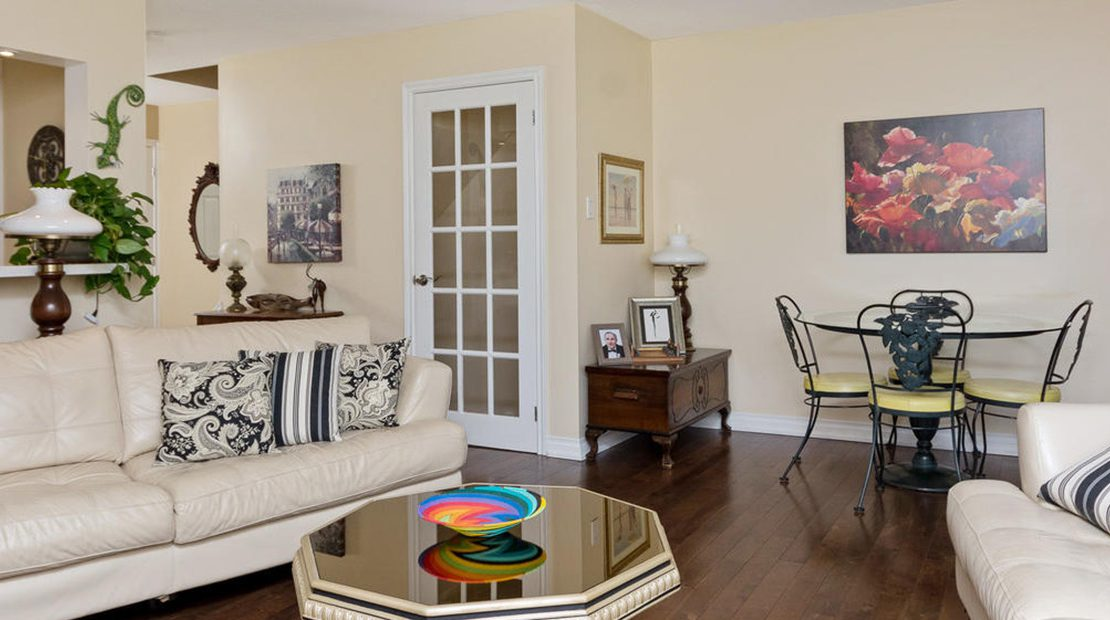 Milton Townhouse Woodward for Sale